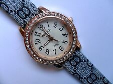 Lovely WoMaGe Ladies Gold  and  Crystal Quartz Watch  Patterned  Strap  a