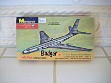 """RARE VINTAGE Monogram """"1960"""" Badger Russian Jet Bomber Model Kit"""