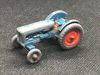MATCHBOX * Fordson Major Tractor * Lesney * England * Number 72