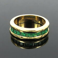 Gerard 0.90ct Square Cut Natural Colombian Emerald 18K Gold 5.5mm Channel Band