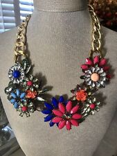 NWT Fashion Floral Statement Necklace $22