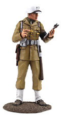 BRITAINS SOLDIERS WW11,25030,USAFF MILITARY POLICEMAN METAL PAINTED 1.30 SCALE