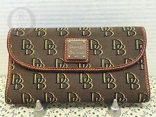 *Dooney & Bourke*Browns Signature SHADOW*CLUTCH Wallet #16050W