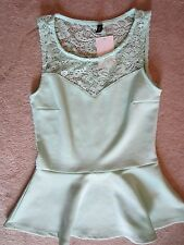 WOMENS H&M DIVIDED PISTACHIO GREEN LACE BACK PEPLUM TANK TOP KNIT TOP SMALL NWT
