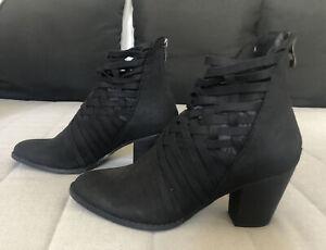 Ladies Lavish Black Heel Boots Criss Cross Ties Zip Up Round Toe Shoe Sz 40 Sz 9