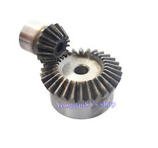one pair Bevel gear Metal gear 90 ° pairing Bevel gear 1.5. 1.5m 15T and 30T 1:2