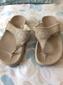 fit flops size uk 3 beige