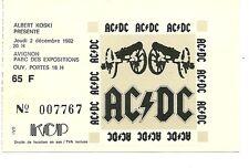RARE / TICKET DE CONCERT - AC/DC : LIVE A AVIGNON ( FRANCE ) 1982