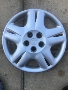 "GENUINE TOYOTA AVENSIS T22 1998-2003 15"" WHEEL TRIM HUB CAP - 42602-05060"