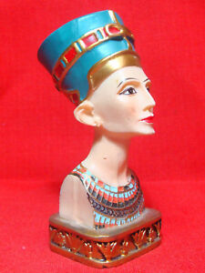 Ancient Egyptian Queen Nefertiti Statue (S)