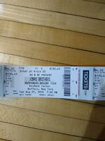 2 Jonas Bros Happiness concert tickets, Buffalo-can't get away for show :(