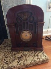 THOMAS COLLECTORS EDITION 1934 REPLICA RADIO AM/FM WITH CASSETTE PLAYER
