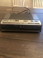 **Vintage** GE 1980's Alarm Clock Radio Model No 7-4646A AM FM Digital TESTED