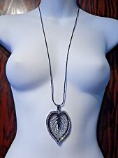 GUNMETAL FILIGREE LEAF SKELETON pendant crystal rhinestones chain necklace 3C