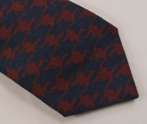 Kiton NWOT Neck Tie In Deep Red & Blue Exploded Houndstooth 100% Wool