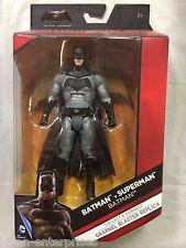 DC COMICS UNIVERS 15.2cm BATMAN VS SUPERMAN BATMAN FIGURINE DC Mattel 2015