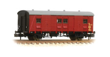 Graham Farish 374-415 Southern PMV Parcels /Miscellaneous Van BR Crimson N Gauge