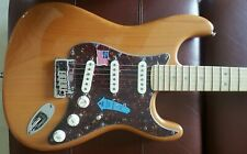 2005 Fender American Deluxe Stratocaster Electric Guitar SCN S-1 Case Candy