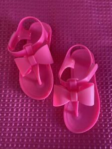 Little Girks Infant Hot Pink Neon Thing Sandals W A Bow Size 8