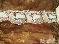 Vintage AWESOME Embroidered WHITE FLOWER LACE TRIMMING BY THE FOOT old/New Stock