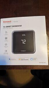 Honeywell Lyric T5 Smart Wi-Fi Thermostat