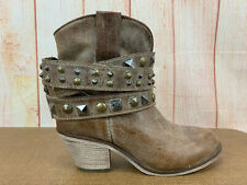 CORRAL SHARP DISTRESSED LEATHER STRAPED & BELTED GEMSTONE ANKLE BOOTS 7M   Z56(7