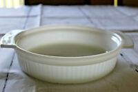 Vintage Anchor Hocking 1 Quart Milk Glass Round Casserole Dish Fire King 1429