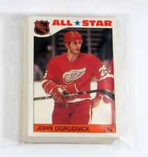 1985-86 Topps Hockey Sticker Inserts Set (32)