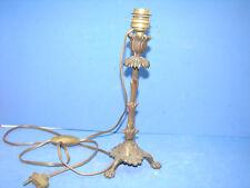 Joli ancien bougeoir en bronze, pattes de lion