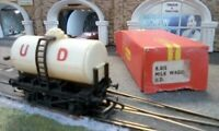 Hornby U.D Milk Wagon United Daries Railway R-015  Vintage Model Trains