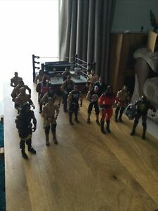 17 WWE Wrestling Figures Bundle Figures and WWE Ring
