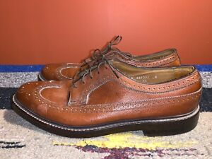 Vintage Mens Brown Leather Shoes Size 9,5 1960s Beatles Royal Imperial Pebbled Leather 5 nail V Cleat Oxford Wingtip Dress Shoe Lace Up Tan