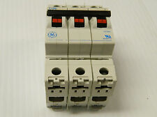 GENERAL ELECTRIC GE V-LINE CIRCUIT BREAKER C20 V07320 20 AMP A 20A 3 POLE 3P