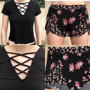 Tilly's Full Tilt Black Criss Cross Top & Pink Flower Shorts Size Small 2 Piece