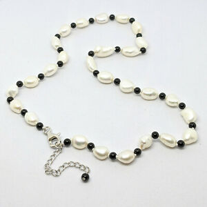 Pearl and agate necklace on sterling silver clasp, UK made, by Pearls Direct