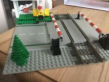 Lego 9v Train station. 4532 used with mini fig  4558 4511 4564