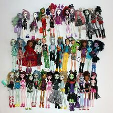 HUGE lot of 37 Monster High assorted dolls 5 boy dolls