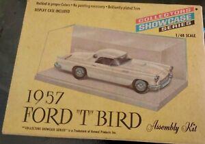 maquette FORD T BIRD 1957  Kit à assembler 1/48 ème neuve