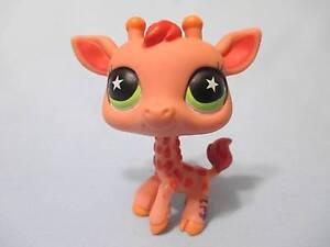 Littlest Pet Shop Giraffe 943 Star Green Eyes Authentic Lps