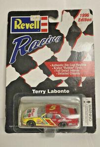 Revell Racing 1:64 Terry Labonte #5 Kelloggs Racecar - NIP