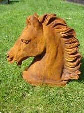 CHEVAL , statue , buste , en fonte d une tête de cheval sur plateau ,