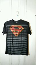 SUPERMAN TEE GRAY AND BLACK STRIPED LARGE SHORT SLEEVE GRAPHIC