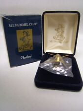 "Hummel Club Exclusive Minature ""Honey Lover"" Pendant 1994/95 #62-2126 Mib"