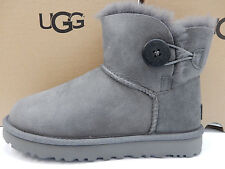 UGG WOMENS BOOTS MINI BAILEY BUTTON II GREY SIZE 9