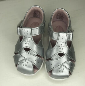 Stride Rite SRT Tulip Sandals Toddler's, Shoes SZ 6M - Silver Leather,  16029