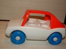Vintage LITTLE TIKES White & Red Toddle Tots Family Car Clicking Action GUC
