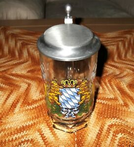 Glas-Bierkrug (mit Zinndeckel), Motiv: Freistaat Bayern (Wappen),