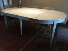 Table de salle à manger + 4 rallonges ( Flamant )