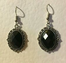 VICTORIAN STYLE FACETED BLACK ACRYLIC & FILIGREE DARK SILVER PLATED EARRINGS SNV