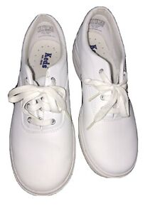 Keds Womens White Leather Lace Up Low Top Sneakers Size 7.5 Casual WH6190M